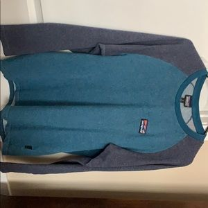 Men's Patagonia long sleeve shirt